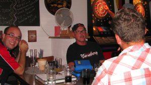 Helmut (Garage IV) und Benny (Garage III) im Teddybär